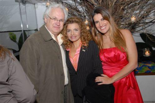 Ligia Kogos e o marido Waldemar Kogos e Andrea Guimaraes 01