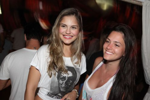 Jéssika Alves e Mikaella Gulusian 2