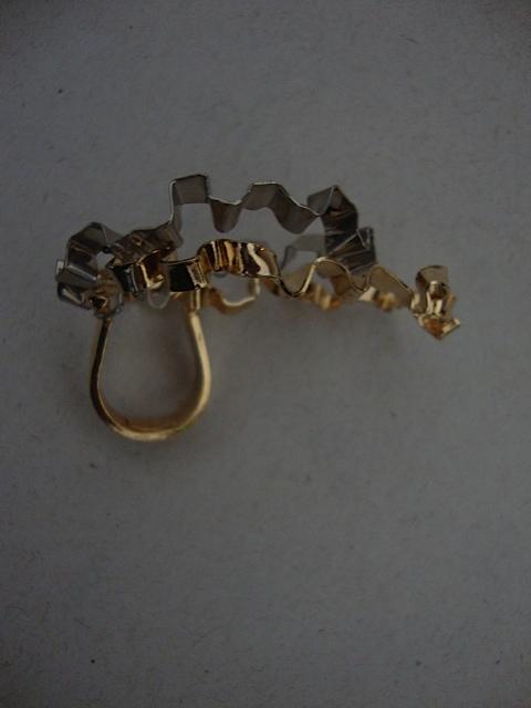 anel de ouro em formato de folha amassada_elisa stecca