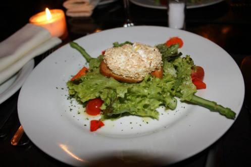 Salade de Chèvre Chaud Danton_inspirada num dos líderes da Revolução Francesa