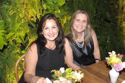 Lucia Navajas e Renata Guimarães de Melo
