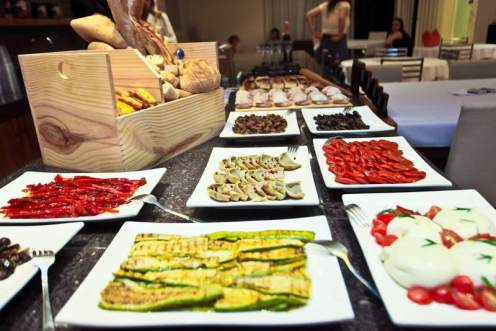 comidinhas do Buffet Antipasti