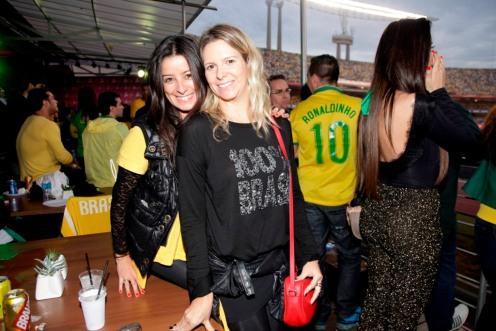 Adriana Oliveira e Renata Monteiro de Barros 0531