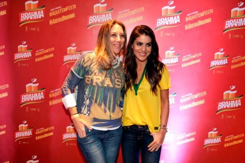 Carol Quinteiro e Camila Coelho 0183
