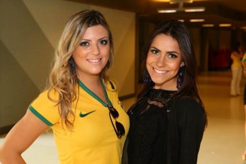 SL5C0167 Mayra Carvalho e Mel Lima