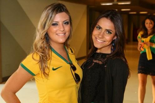 SL5C0168 Mayra Carvalho e Mel Lima
