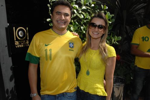 Mauricio e Camila Neves