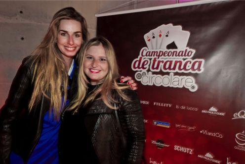 tranca-4 - Mariana Weickert e Isabel Vieira